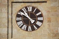 Particolare dell'orologio della chiesa Fotografia Stock