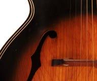 Particolare della chitarra acustica del foro di Archtop F dell'annata Fotografia Stock Libera da Diritti