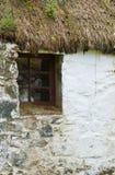 Particolare della finestra di vecchio cottage dei crofters Fotografia Stock Libera da Diritti