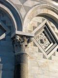 Particolare della torretta di inclinzione a Pisa Immagini Stock Libere da Diritti