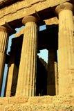Particolare delle colonne del tempiale. Agrigento - la Sicilia Immagini Stock