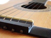 Particolare di una chitarra Immagini Stock Libere da Diritti
