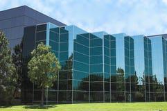Particolare di vetro blu dell'ufficio Fotografia Stock