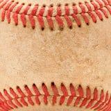 Particolare a macroistruzione di baseball consumato Fotografie Stock