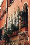 Particolare veneziano gotico tipico di architettura Immagine Stock