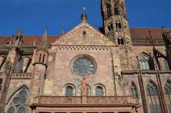Cattedrale gotica di Friburgo, Germania del sud Fotografia Stock