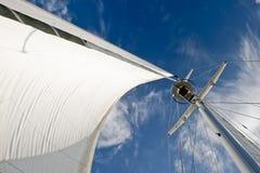 Particolari della vela e dell'albero fotografia stock libera da diritti