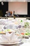 Particolari di una tabella di banchetto di cerimonia nuziale Immagine Stock