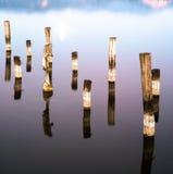 Particulary du pilier au lac Photographie stock