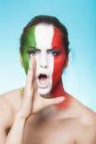 Partidario italiano para la FIFA 2014 que grita y que mira Fotos de archivo libres de regalías