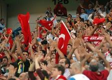 Partidarios del turco en juego del calificador del mundial de Rumania-Turquía Fotografía de archivo