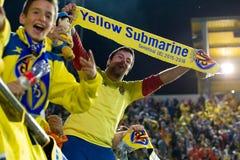 Partidarios en el partido de semifinal de la liga del Europa entre el Villarreal CF y Liverpool FC Imagen de archivo