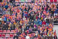 Partidarios en la sesión de formación del FC Barcelona foto de archivo libre de regalías