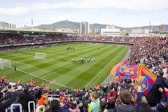 Partidarios en la sesión de formación del FC Barcelona imagen de archivo libre de regalías