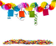 Partido com a corrente dos confetes e do papel Imagens de Stock