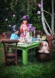 Partido de chá no jardim Fotos de Stock Royalty Free
