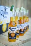 Partido de Corona Sunsets Session em Zagreb, Croácia imagens de stock