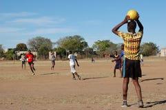 Partido de fútbol africano Foto de archivo libre de regalías