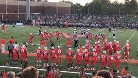 Partido de fútbol de la High School secundaria foto de archivo libre de regalías