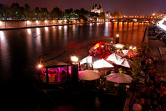 Partido de la noche en París foto de archivo