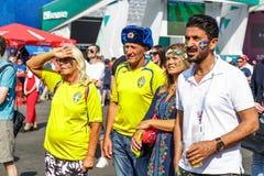 Partido de observación de la familia sueca de equipo de fútbol del nacional de Suecia Foto de archivo