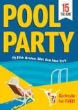 Partido de piscina Mujer relajada con un cóctel por la piscina Diseño del cartel de la plantilla Fotos de archivo