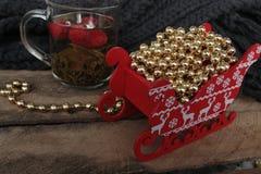 Partido de té de la Navidad té con la frambuesa, miel Imagenes de archivo
