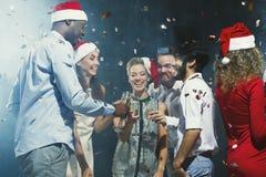 Partido del Año Nuevo de la oficina Gente joven que se divierte Imagen de archivo libre de regalías
