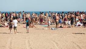 Partido do ar livre na praia da areia. Barcelona Imagem de Stock Royalty Free