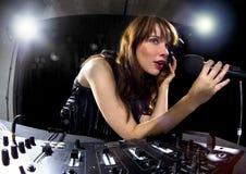 Partido femenino DJ imágenes de archivo libres de regalías