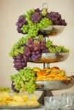 Partido prepering sabroso asombroso del wor de la tabla de comida fría de las frutas en Fotos de archivo libres de regalías