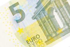 Partie antérieure de nouveau billet de banque de l'euro cinq Photo stock