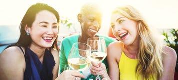 Partie célébrant le concept d'unité d'amitié de célébration Image libre de droits