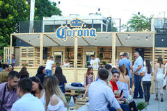 Partie de Corona Sunsets Session à Zagreb, Croatie photos stock