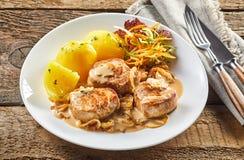 Partie de filet et de pommes de terre de porc photographie stock libre de droits