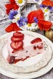 Partie de gâteau de fraise Images libres de droits
