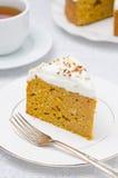 Partie de gâteau de potiron avec de la crème Images libres de droits