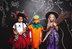Partie de Halloween pour des enfants Images stock