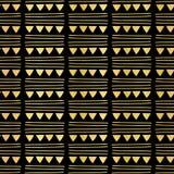 Partie de luxe de triangle d'aluminium de noir d'or donnant un petit coup Garland Seamless Vector illustration de vecteur