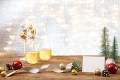 Partie de nouvelle année de Noël avec le backgroun actuel de l'espace de copie de cadeau photographie stock