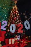 partie de nouvelle année de 2020 nombres, arbre de Noël photo libre de droits