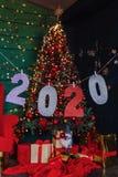 partie de nouvelle année de 2020 nombres, arbre de Noël photo stock