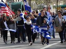 Partie grecque 93 du défilé 2016 de Jour de la Déclaration d'Indépendance de NYC image libre de droits