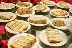 Parties de gâteau de mariage Photo libre de droits