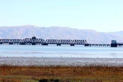 Parties de pont en rail de Dumbarton, la Californie, Etats-Unis Photographie stock libre de droits