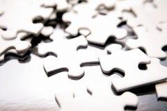 Parties de puzzle denteux Photographie stock
