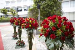 Partigarneringinställning och blommor Royaltyfri Bild