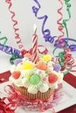 Partij Cupcake met Lit-Kaars Royalty-vrije Stock Afbeelding