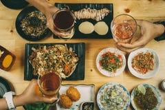 Partij met Japanse voedselstijl royalty-vrije stock afbeeldingen