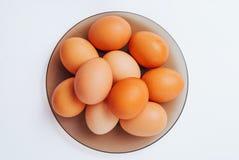 Partij van eieren op de plaat, hoogste mening Royalty-vrije Stock Foto's